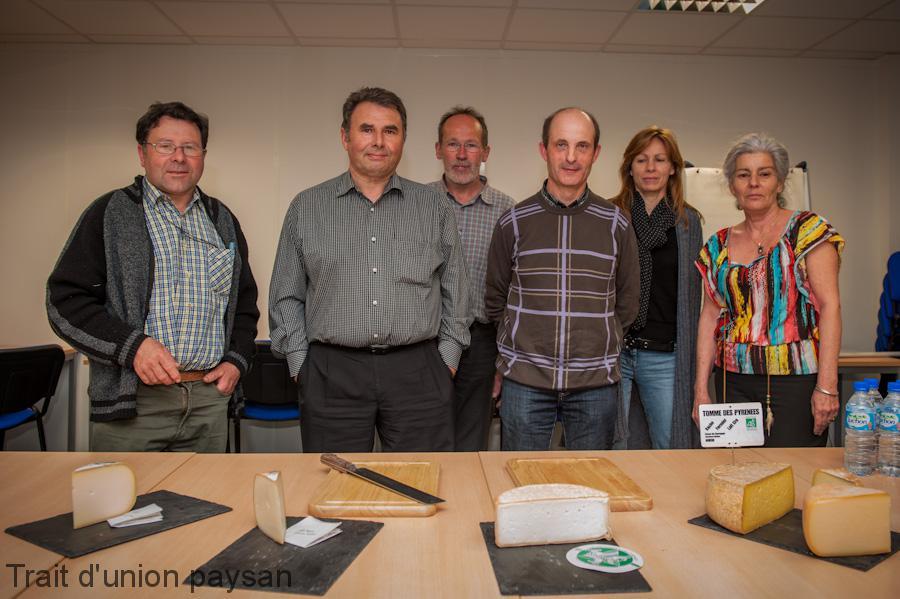 L'équipe de choc de l'AFP (de g. à dr.) Jean-Pierre Chourrout, Claude Laborde, André Bazerque, Christian Lamary, Valérie Dominé, Claude Floch