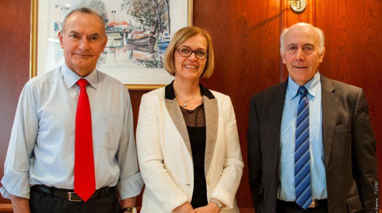 Yvon Malard (directeur général), Michèle Guibert (directrice adjointe) et Robert Conti (Président), fiers de présenter les résultats 2014 du Crédit Agricole Toulouse 31.