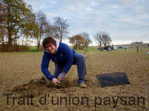 La société de Sandrine Queyroi, Easytri, a financé l'achat des plants d'arbre.