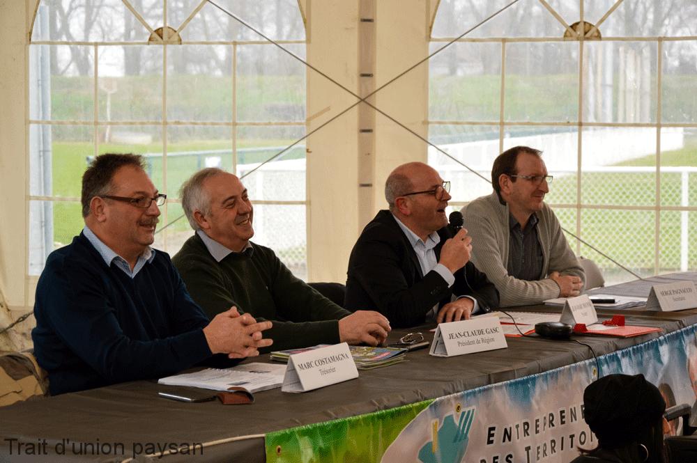 A la tribune (de g. à d.) : Marc Costamagna, Jean-Claude Gasc (prsésident EDT Occitanie), Jean-Marc Moumin (président EDT 31-09) et Serge Pagnacco.
