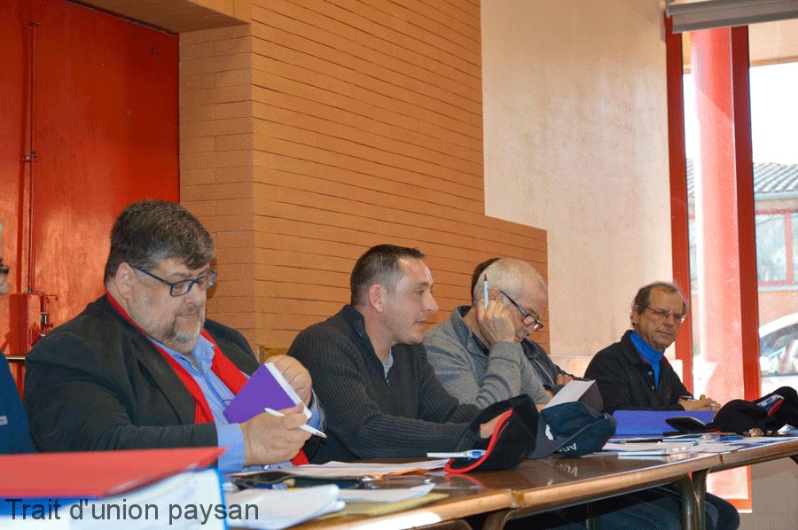 A la tribune, Patrice Ramond était entouré de Bernard Bagneris, conseiller départemental,et Serge Barthes, vice-président.