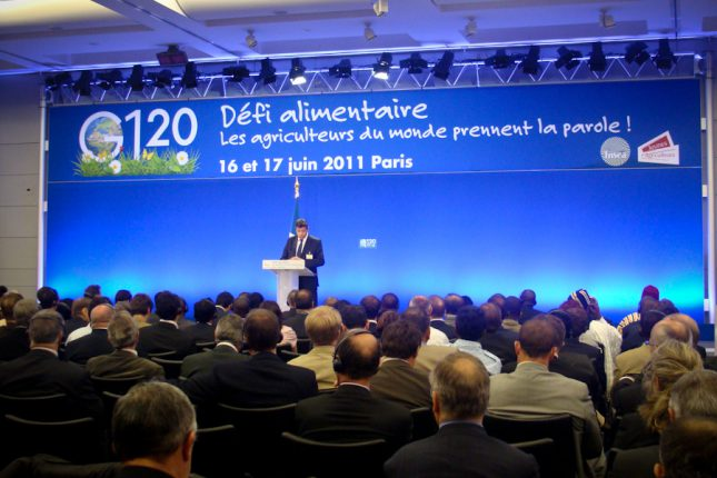 Venues des 4 coins de la planète, pas moins de 120 délégations paysannes, représentant 80 pays, se sont retrouvées à Paris, à l'invitation de la FNSEA et des JA.