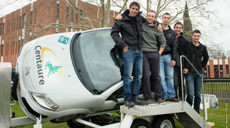 Antoine, Vincent, Guillaume, Cyril et Aurélien, les 5 jeunes du CFPPA d'Auzeville à l'origine d'une belle initiative sur la prévention routière.