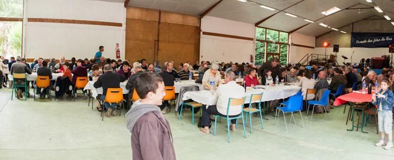 200 personnes pour un repas sous le signe de l'amitié et la solidarité.