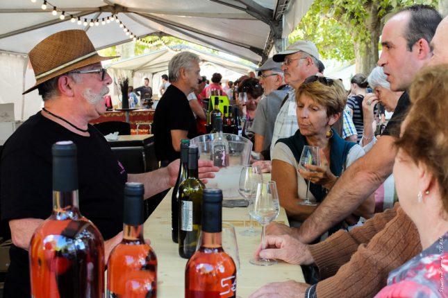 Gastronomie et bonne ambiance à la traditionnelle fête des vignerons de Fronton.