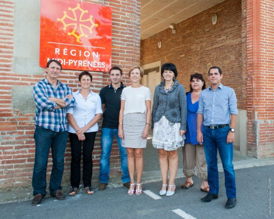 Claudine Quilliec (au centre) avec l'équipe de direction du lycée agricole d'Ondes.