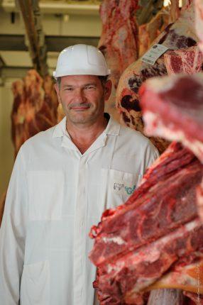 Eric Barnay, directeur de l'abattoir de St Gaudens, est un des acteurs du renouveau de l'engraissement dans le Comminges.