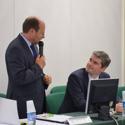 Yvon Parayre (à gauche) a dressé un tableau morose de l'agriculture haut-garonnaise au secrétaire général de la préfécture, Stéphane Daguin.